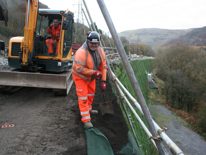 A465 Jamie Knill reinforced soil